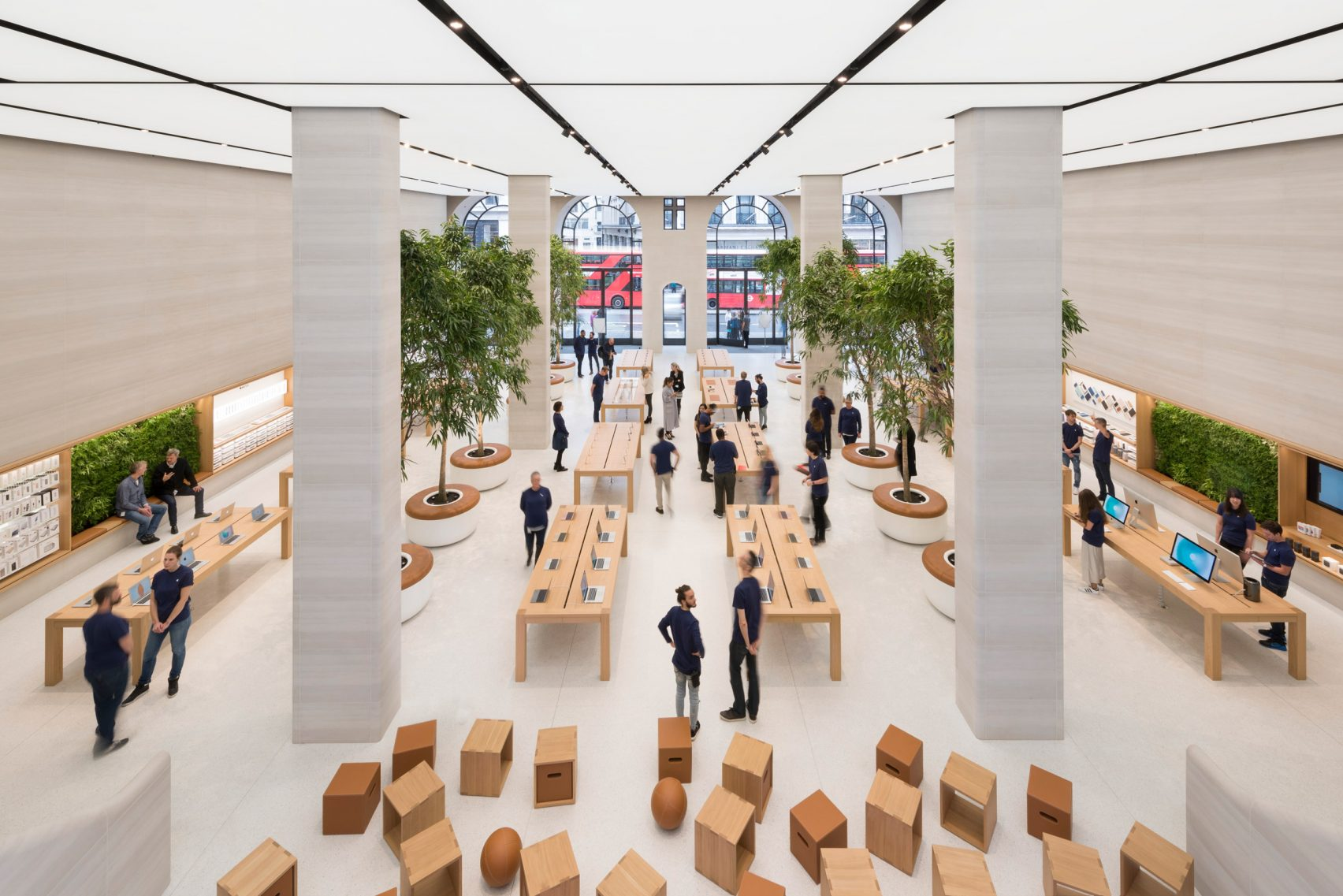 Regent's Street new Apple Store