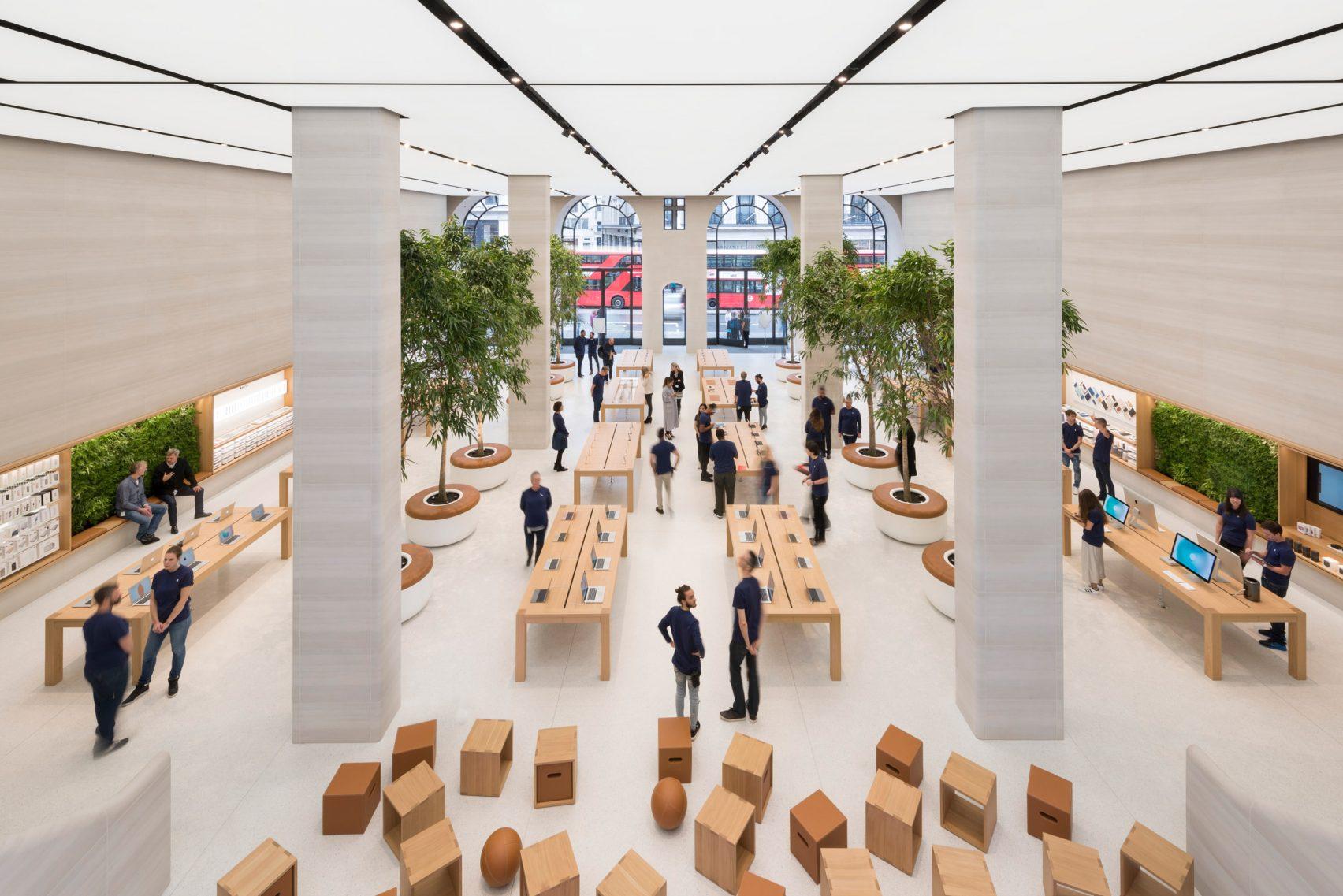 Regent's Street new Apple Store